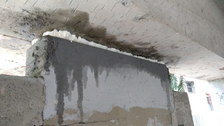 stop seepage from walls